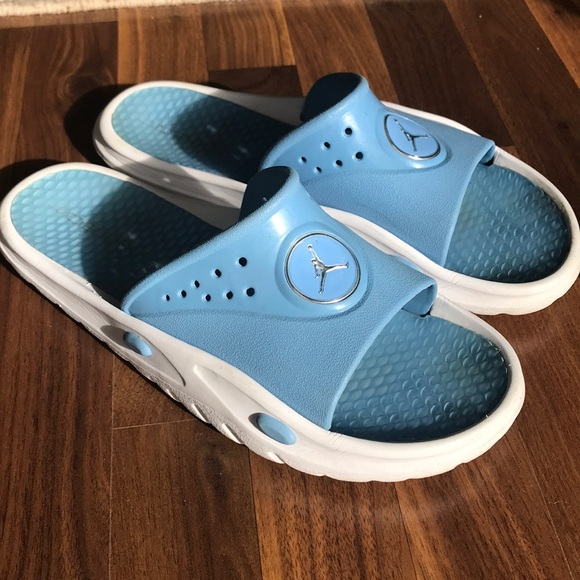 4dffa17366f0 Air Jordan Other - Men s Jordan size 13 Carolina blue and white slide